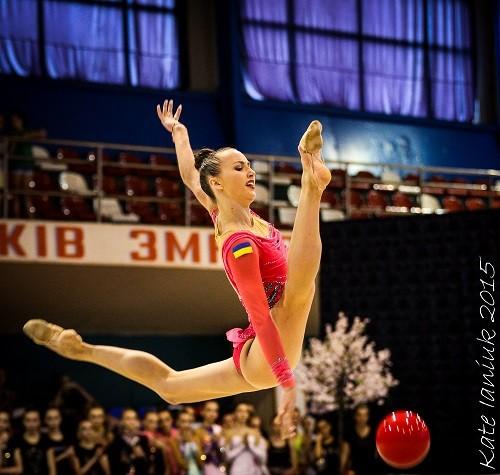 Анна Ризатдинова. Мяч. Анализ упражнения