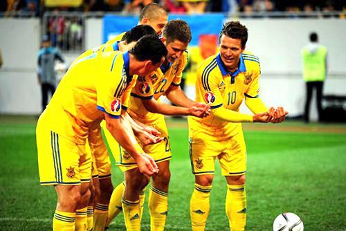 Украина уверенно обыгрывает Беларусь