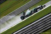 В Mercedes объяснили плохой старт Росберга