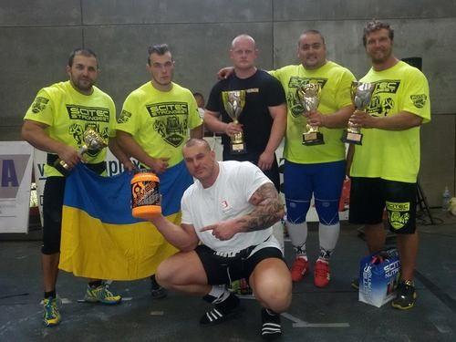 Украинские стронгмены завоевали бронзу на чемпионате Европы