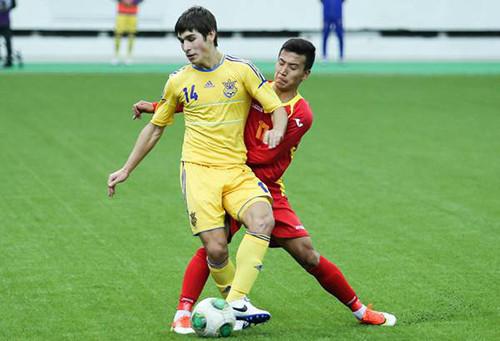 Руслан МАЛИНОВСКИЙ: «В сборной нервничал, боялся налажать»