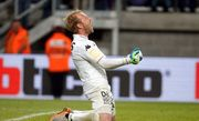 Бельгийский вратарь отбил три пенальти в одном матче