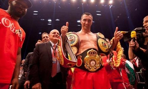 Владимир Кличко признан лучшим боксером месяца