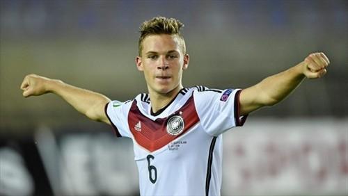 Бавария подписала полузащитника Штутгарта