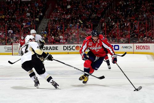 НХЛ. Очередное достижение Овечкина. Матчи среды