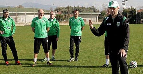 В четверг Карпаты проведут два товарищеских матча