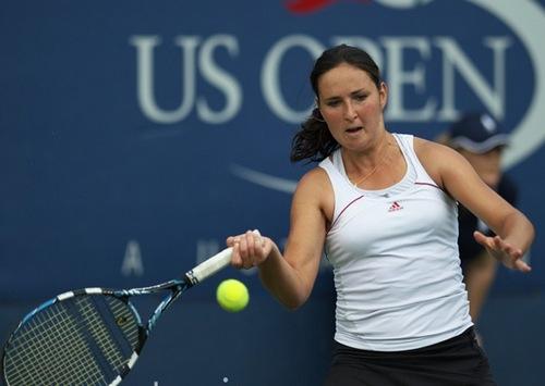 Юлия Бейгельзимер покидает турнир в Дубае