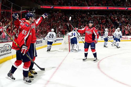 НХЛ. Антирекорд Торонто. Матчи воскресенья