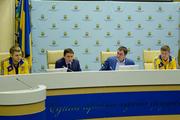 Сборной Украины перед отъездом в Баку пожелали удачи и побед