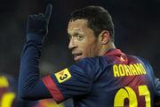 Адриано может уйти из Барселоны свободным агентом