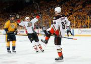 НХЛ. Анахайм сокращает счет в серии. Матчи вторника