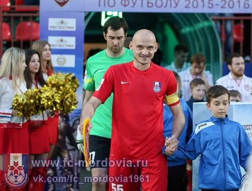 Игроки Мордовии требуют выплаты зарплат