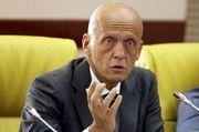 Арбитр: «Коллина прикрывает коррупцию своим именем»