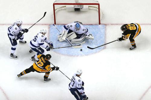 НХЛ. Тампа-Бэй начала серию с победы над Питтсбургом