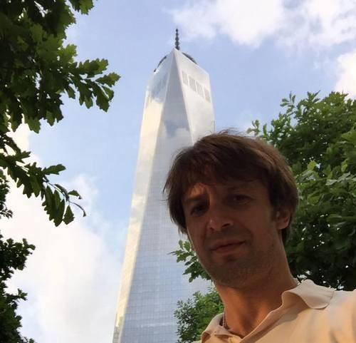 Шовковский в Нью-Йорке хотел угнать байк, но попался копам