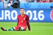 Агент: «Присутствие Роналду на поле кастрирует команду»