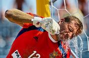Пляжный футбол: Украина уступает в экстра-тайме России 3:4