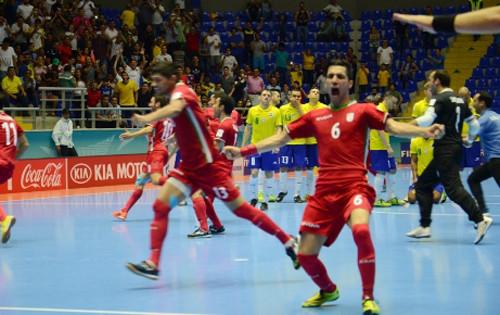 ЧМ-2016: Трон свободен – Бразилия сенсационно проигрывает Ирану!