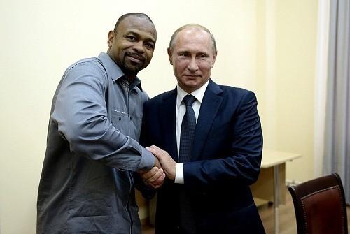 Рой Джонс принял российское гражданство из-за больших долгов