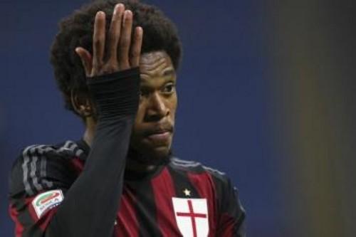 Милан хочет продать Луиса Адриано для покупки новых игроков