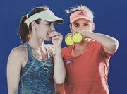 Хингис и Мирза выиграли парный турнир в Брисбене