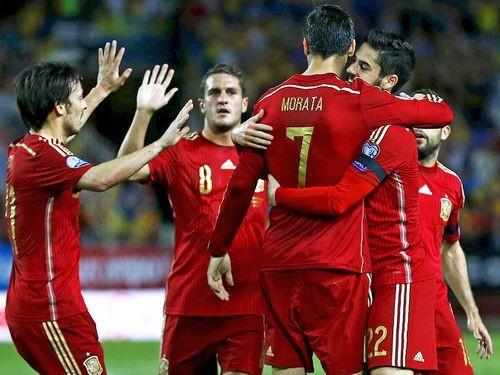Сборная Испании проведет товарищеский матч с Италией