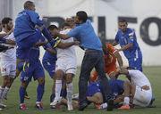 Матч в Аргентине закончился грандиозной дракой