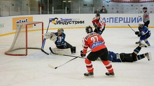 Донбасс, Дженералз и Кременчуг борются за победу в регулярке