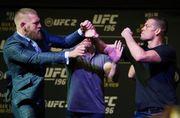 UFC: Макгрегор и Диас едва не подрались на дуэли взглядов