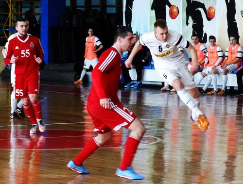 Приват достойно бился против Локомотива, но все же уступил