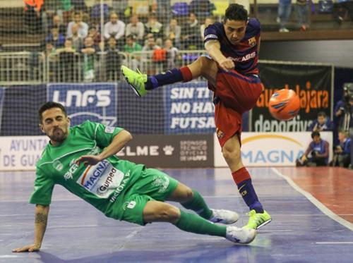 Кубок Испании: наваррцы не устояли перед грандами Примеры