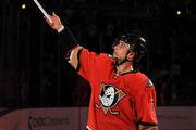 НХЛ. 100 очков Кейна, 700 игр Кольяно. Матчи воскресенья