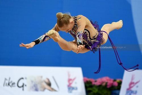 Ризатдинова завоевала бронзу на этапе Кубка мира в Пезаро