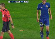 Фаны Ростова бросили на поле банан во время матча с ПСВ