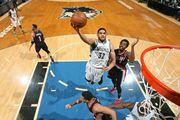 НБА. 34 очка Таунса помогли Миннесоте одолеть Портленд