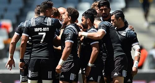 Новозеландские регбисты отработали захваты на прохожих