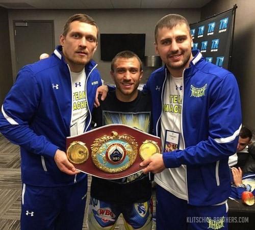 ФОТО ДНЯ. Украинские боксеры-победители