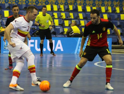 Отбор на ЧЕ-2018: Бельгия во втором тайме дожимает Черногорию