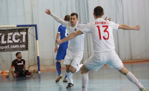 Локомотив побеждает ХИТ и выигрывает Кубок Украины!