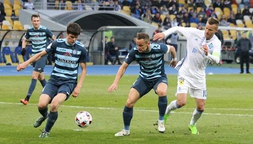 Олимпик впервые обыграл Динамо и борется за выход в Лигу Европы