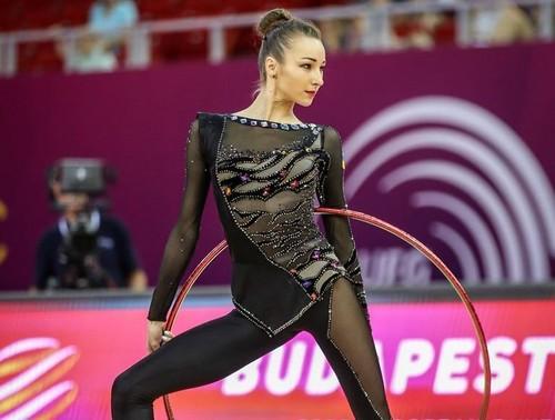 Чемпионат Европы-2017. Виктория Мазур вышла в финал упражнений с мячом