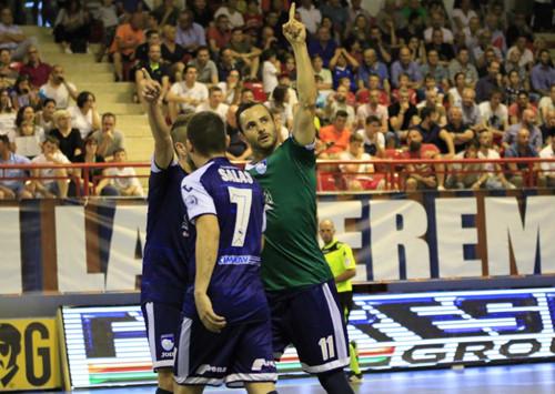 Италия пока без чемпиона: Пескара в третьем матче побеждает Лупаренсе