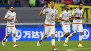 Камерун — Чили — 0:2. Видеообзор матча