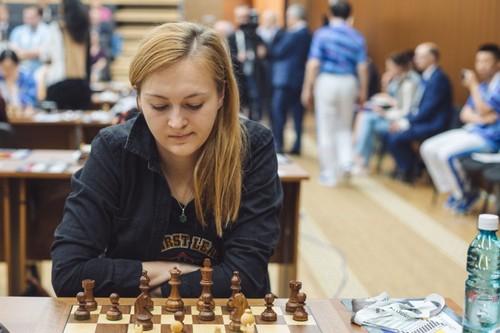 Наши шахматистки обыграли США, шахматисты — сыграли вничью с Турцией
