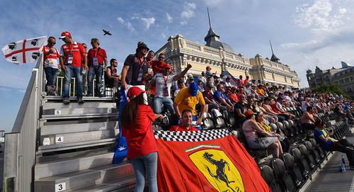Что думают жители Баку о Формуле 1 в их городе