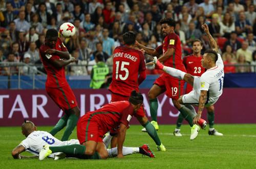 Кубок Конфедераций. Чилийцы по пенальти обыграли Португалию