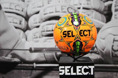 Select Futsal Super – офіційний м'яч футзальної Екстра-ліги