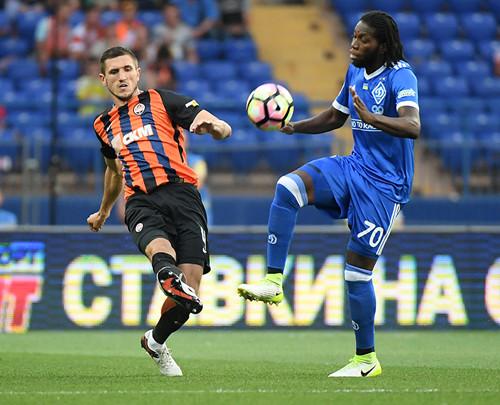 Суперфутбол в Харькове, в котором Динамо минимально побеждает Шахтер