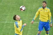 Гравці збірної України закликали вболівальників вести себе коректно