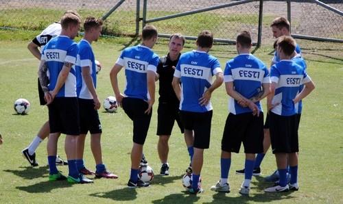 Группа H. Эстония взяла верх над Кипром